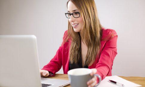 5 pasos efectivos para hacerle seguimiento a tu equipo de trabajo