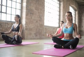Yoga para cada etapa de la mujer