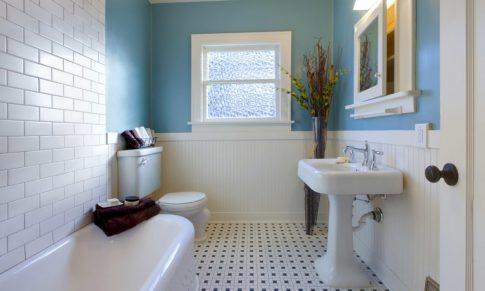 4 tips para renovar tu baño